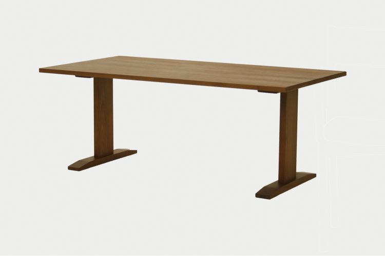 Brick table/DT605