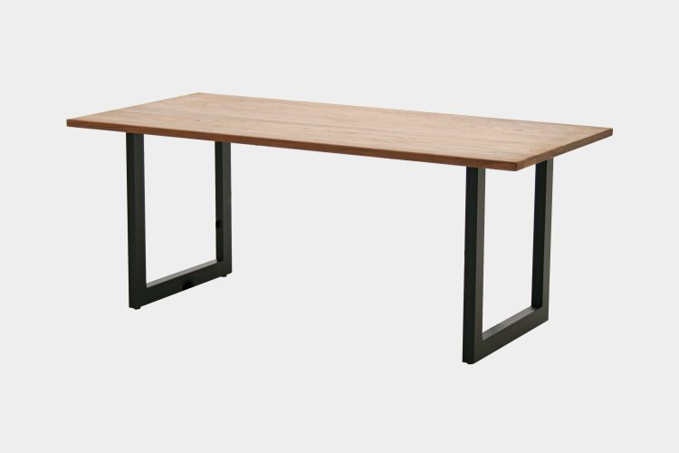 Brick table/DT614